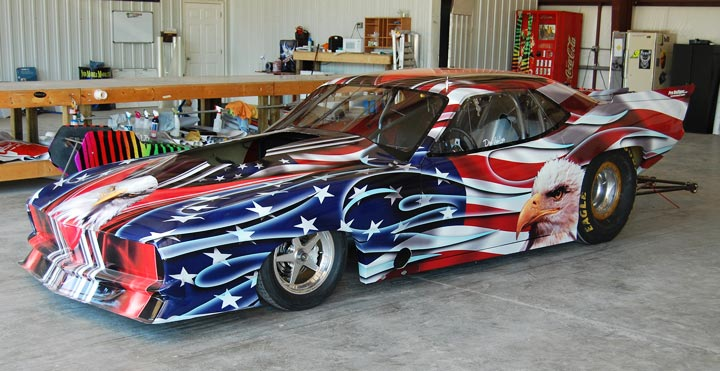Patriotic vehicle wrap